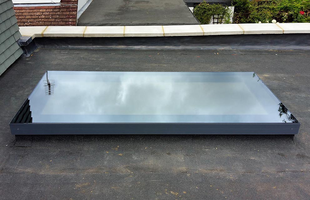 Slim Line Roof Lanterns And Flat Roof Windows Mj Build