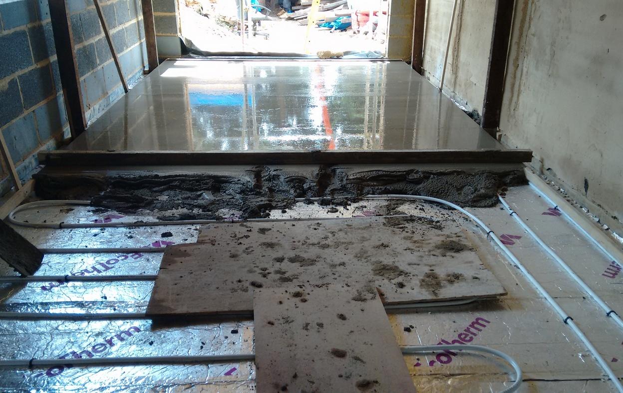 wet underfloor heating mj build and management ltd. Black Bedroom Furniture Sets. Home Design Ideas